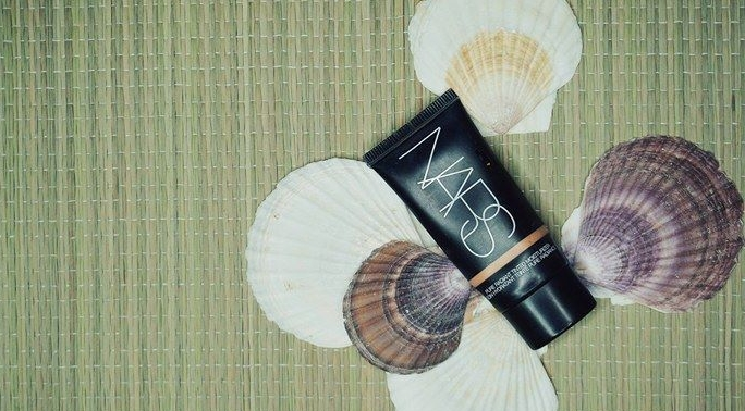 Summer Essentials NARS Pure Radiant Tinted Moisturizer
