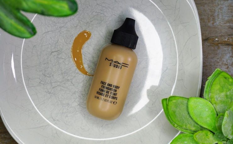 Go to Foundation - MAC Face and Body Foundation