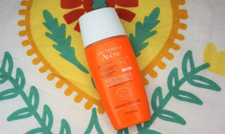 AVÈNE Eau Thermale Ultra-Light Hydrating Sunscreen Lotion SPF 50+